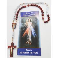 1437 - Terço da Misericórdia em Madeira 7 mm com Entremeio de Jesus Misericordiosos e Santa Faustina com Folheto