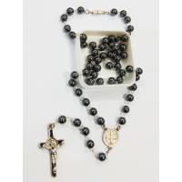 1606 - Terço Hematita com Fecho e medalha e Cruz  São Bento.